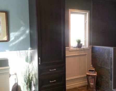 gill-residence-bathroom-interiors