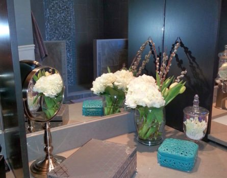 gill-residence-bathroom-interiors-decor